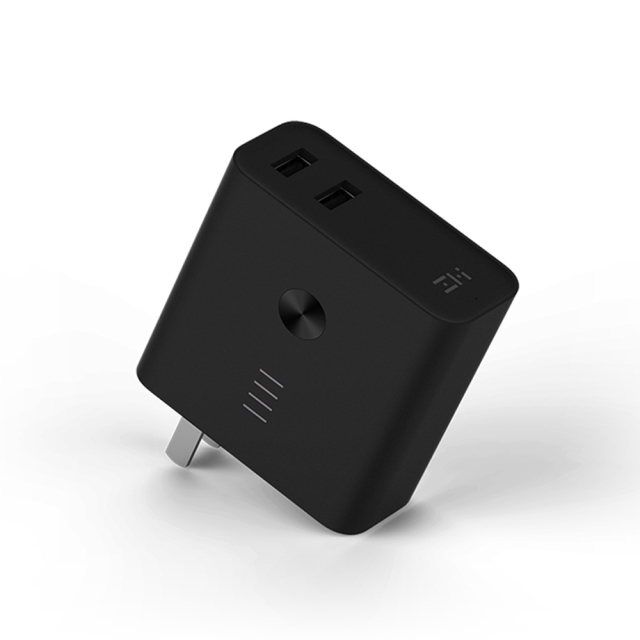 ZMI Plugornot Zero コンセント一体型 モバイルバッテリー搭載USB充電器 6700mAh iPhone & Android各種対応