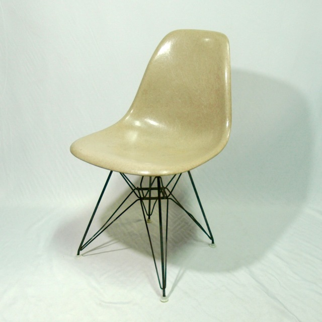 Eames Side Shell Chair Sand Beige