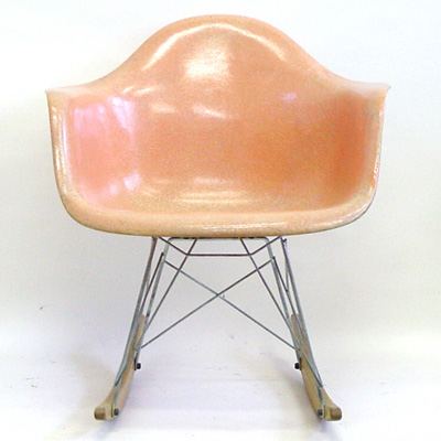 Eames Arm Shell Salmon Roking (Original)