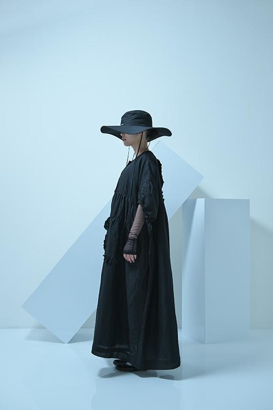 【UNIONINI】CO-016/short sleeved long coat/black