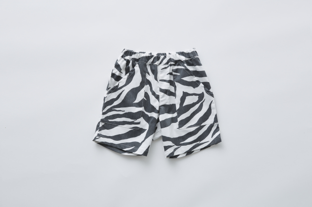 【eLfinFolk】zebra shorts white