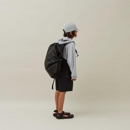 【MOUNTEN.】21S-MA35-0910 daypack 25L black