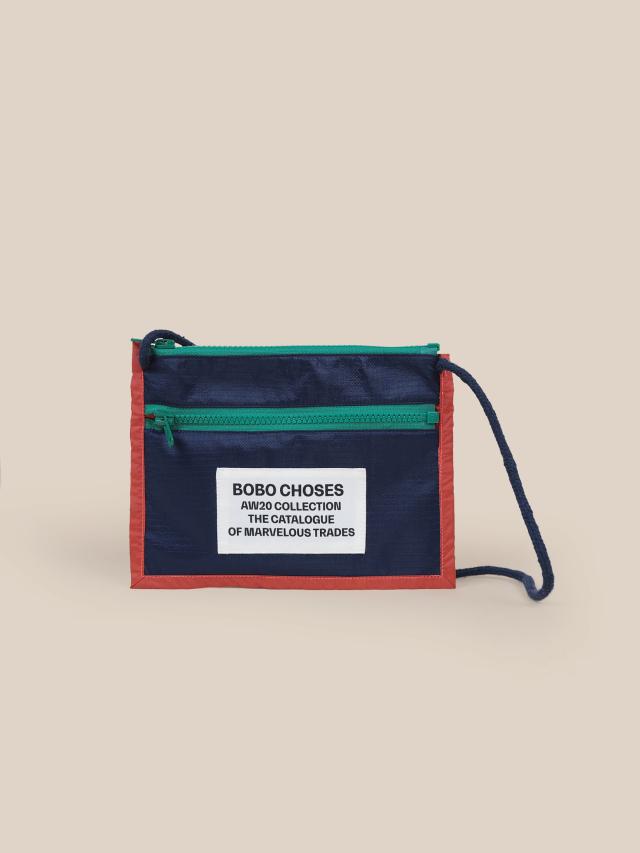 【BOBOCHOSES】22011020 Boy Patch Passport Bag