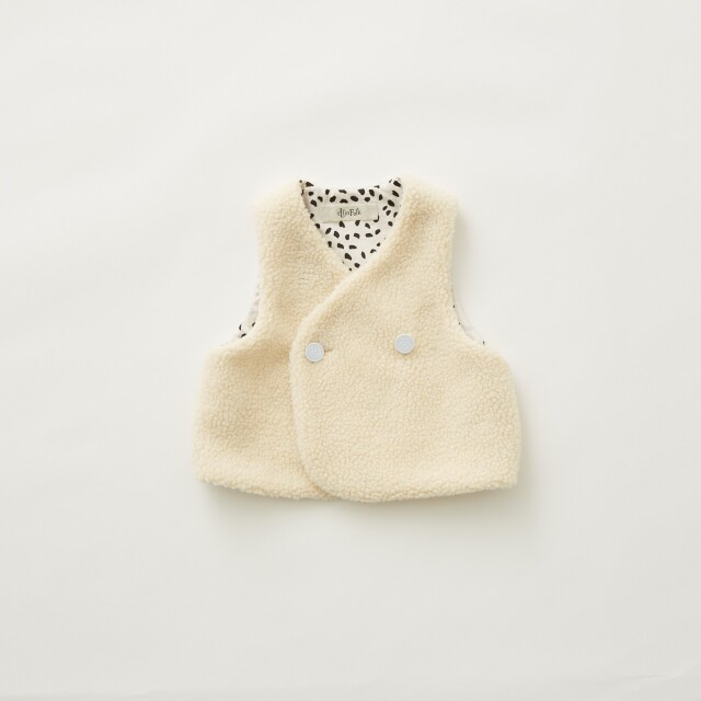 【eLfinFolk】8月入荷予定Sheep boa  baby vest ivory