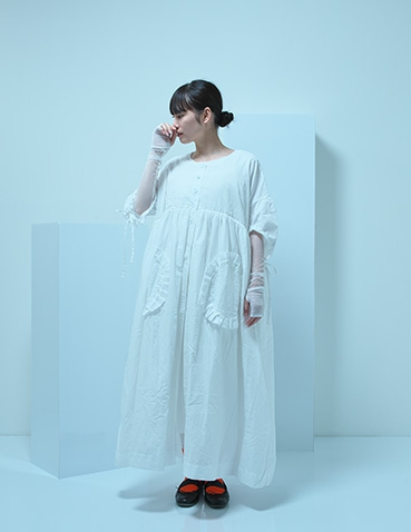 【UNIONINI】CO-016/short sleeved long coat/white