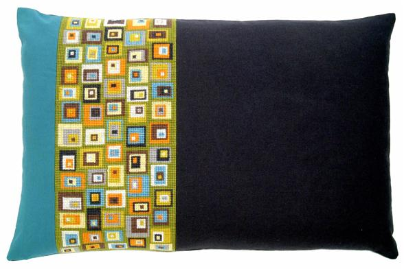 〔fru zippe〕 刺繍キット 74-0137
