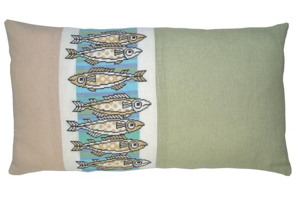〔fru zippe〕 刺繍キット 74-0187