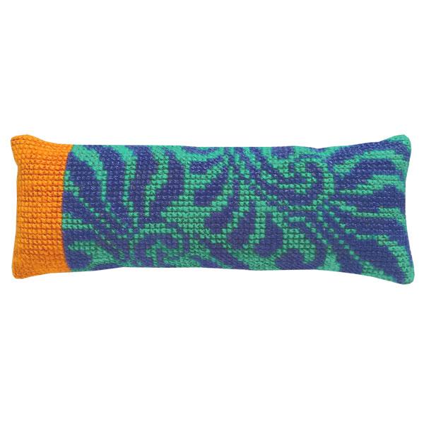 〔fru zippe〕 刺繍キット 76-0487