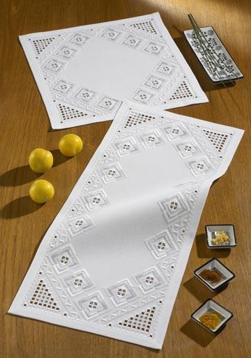 〔Permin〕 刺繍キット P63-0905