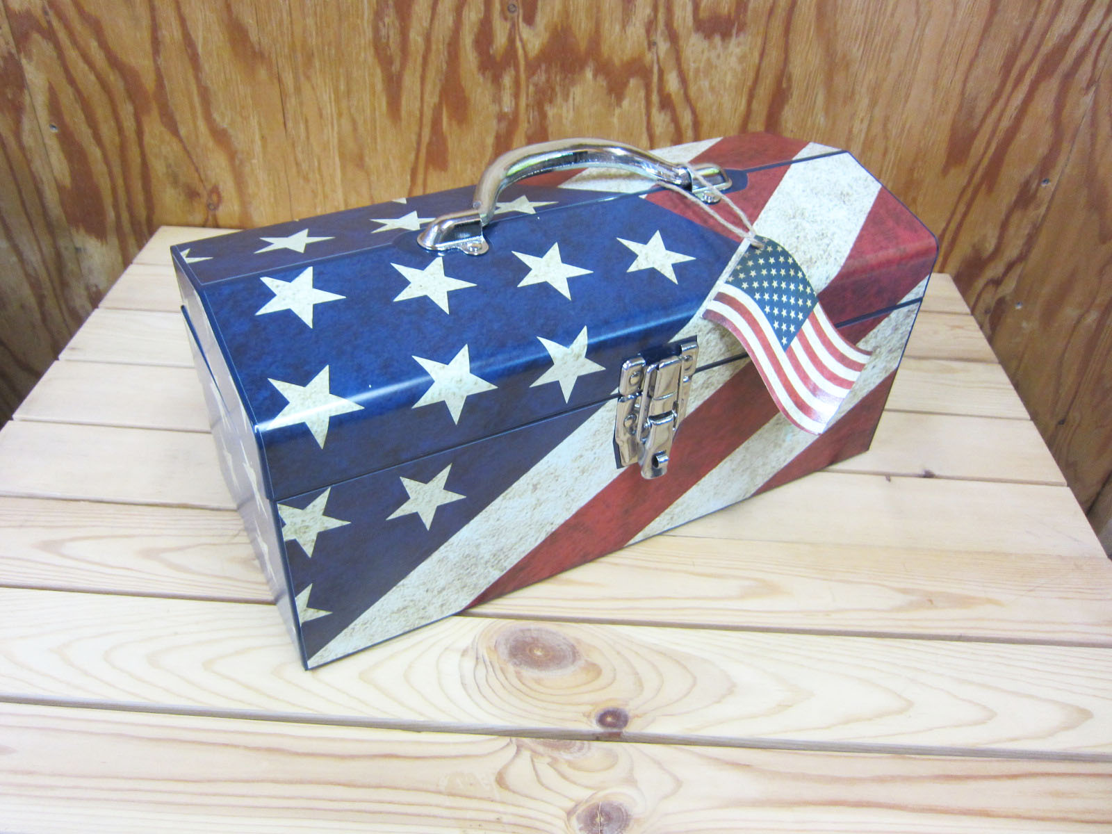 USA FLAG TOOL BOX★アメリカ国旗柄工具箱