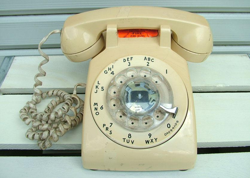 『ジャンク品』アメリカのダイヤル電話(2)