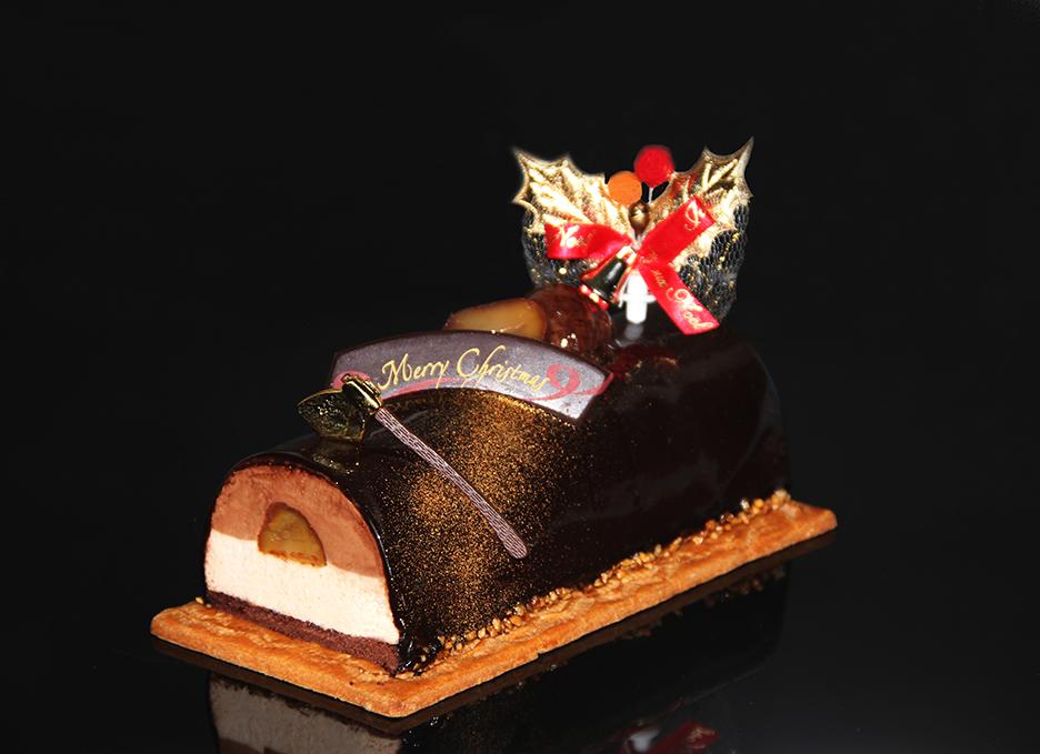 【クリスマスケーキ2019】チョコとマロンのノエル【サイズ:長さ約16cm・幅約7cm】【デリカショップ 店舗お受け取り商品】【店頭お渡し期間:12月14日から25日まで】
