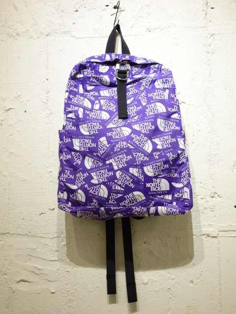 THE NORTH FACE PURPLE LABEL Logo Print Book Rac Pack L