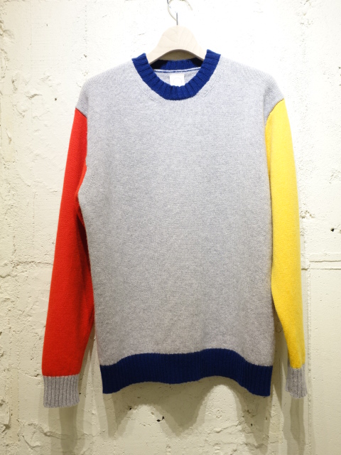 Country of Origin TRICOLOUR CREW NECK