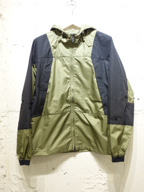 THE NORTH FACE PURPLE LABEL Mountain Wind Parka