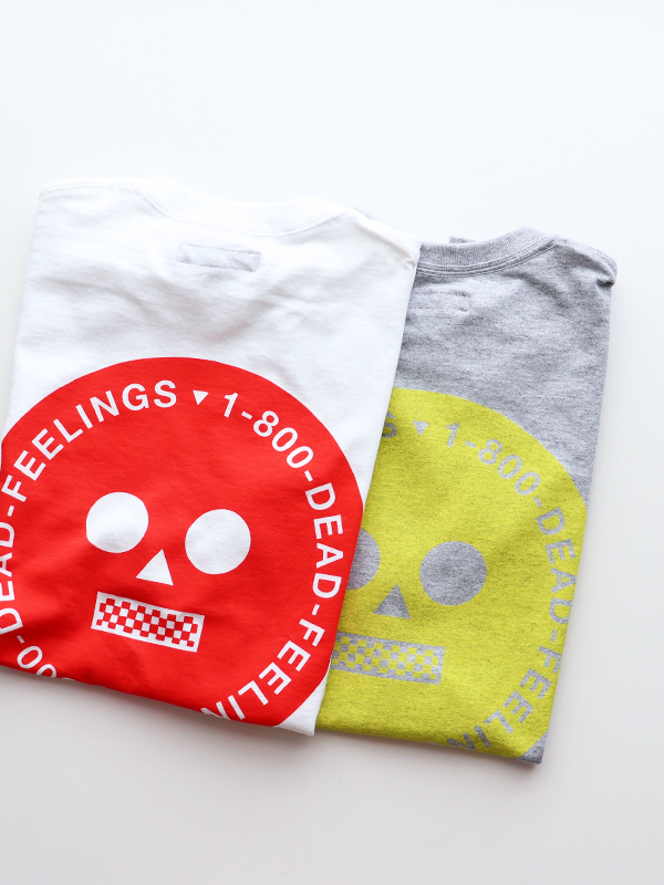DEAD FEELINGS Print-Tee -LOGO
