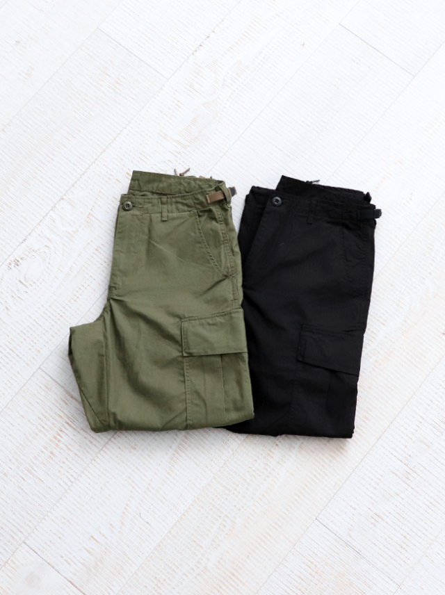 Ordinary fits CARGO PANTS