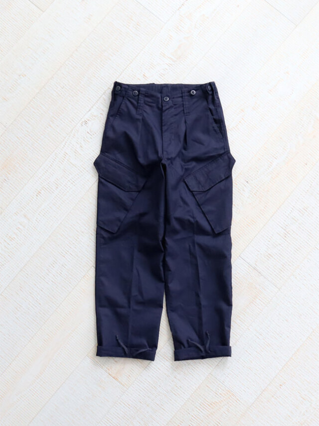 【再入荷】 DEADSTOCK 90's ROYAL NAVY CARGO PANTS