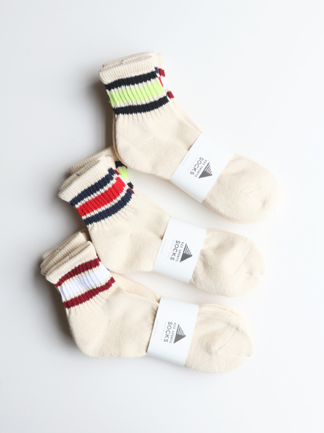 KEE SPORTS 3P LINE MIDDLE CUT SOCKS (ミドルカット・ライン)
