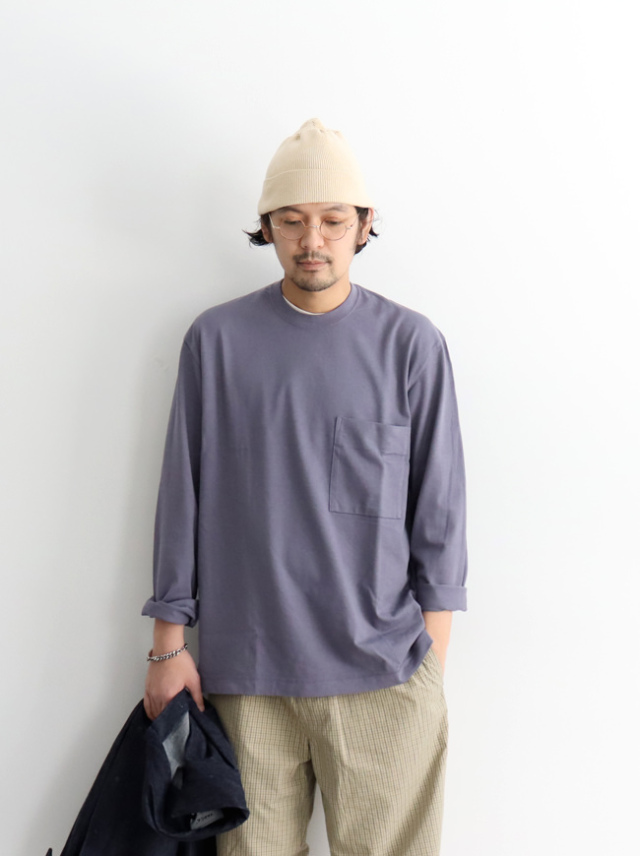 CURLY FROSTED L/S POCKET TEE