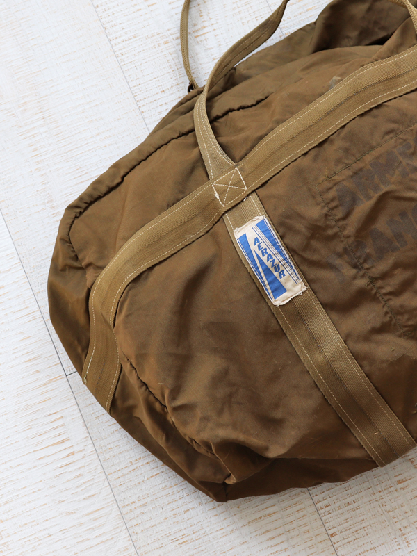 80s-90s French Air Force Paratrooper Bag