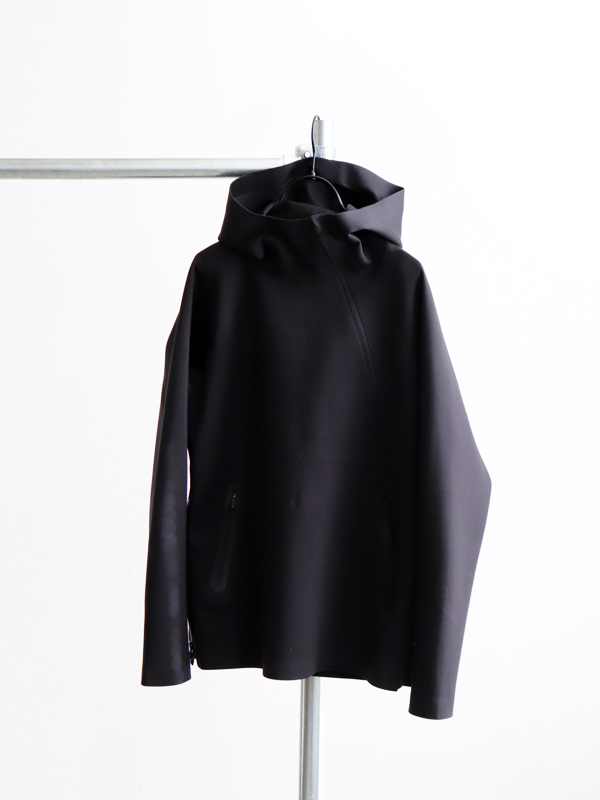 DESCENTE ALLTERRAIN TOUGH AIR PARAHEM HOODIE