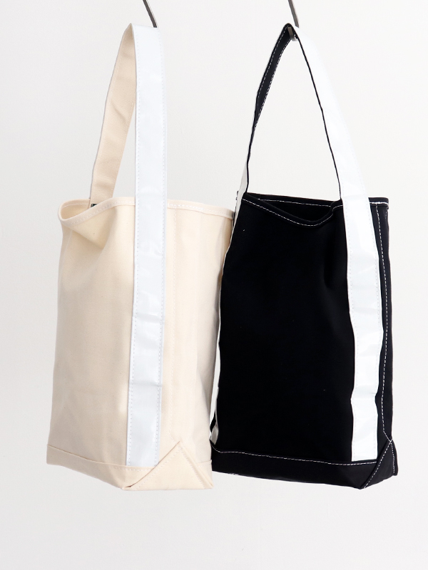 TEMBEA REFLECTOR  BAGUETTE TOTE -ナイモノねだり