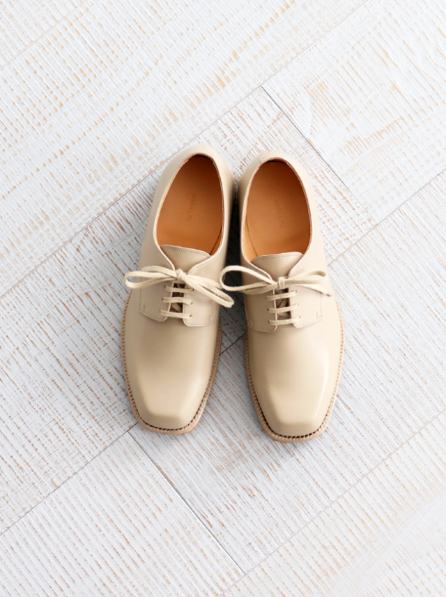 AURALEE LEATHER SHOES MADE BY FOOT THE COACHER -BEIGE