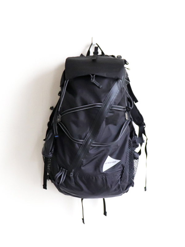 and wander  40L Back Pack
