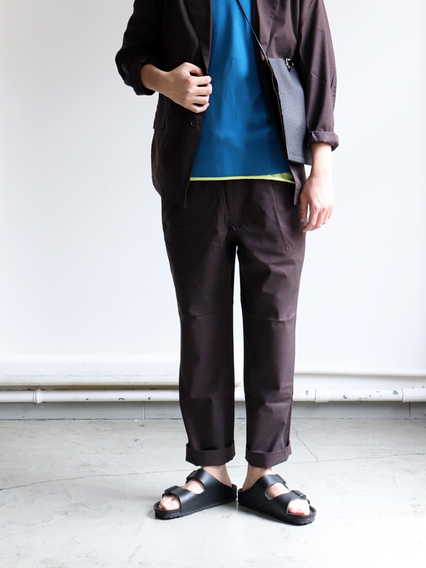 A Vontade 1 Tuck Tapered Easy Trousers -T/R Stretch Weather