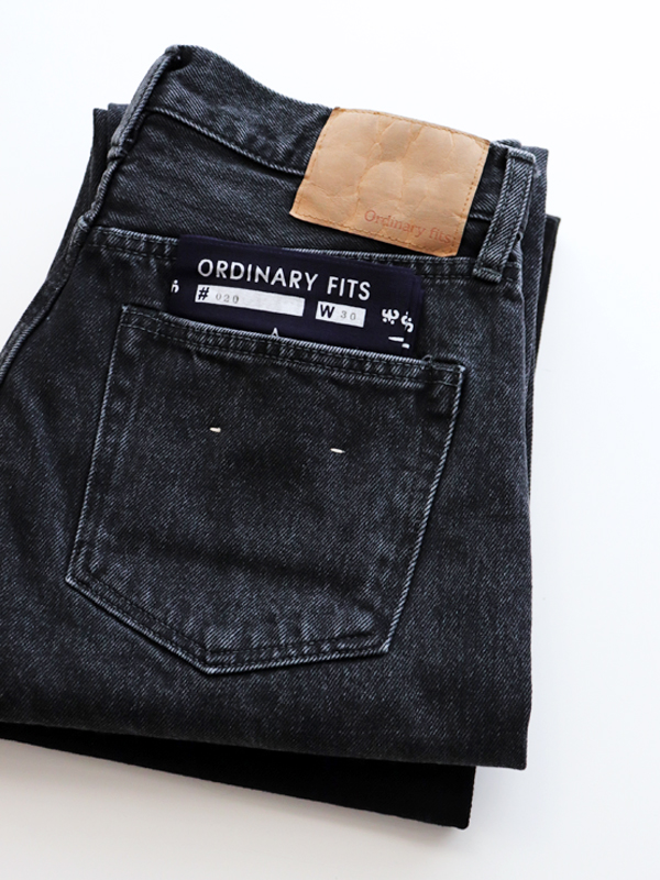 Ordinary fits ANKLE BLACK DENIM PANTS -USED