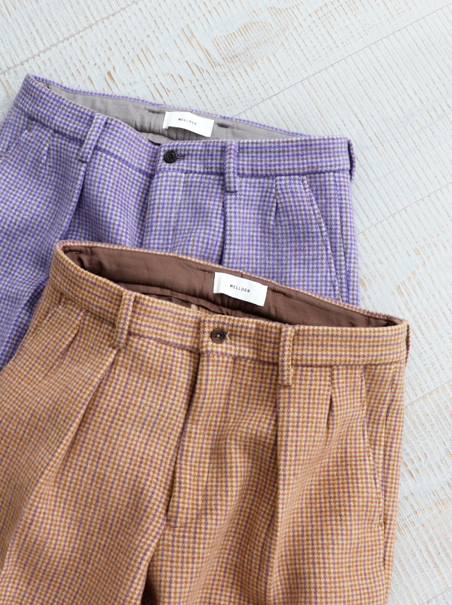 WELLDER Two Tuck Tapered Trousers