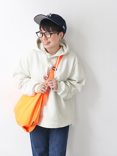 WELLDER(ウェルダー) Flutter Tail Hooded Pullover