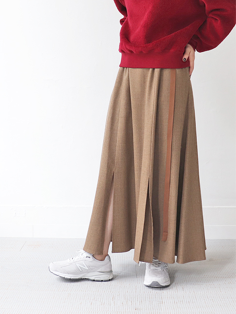 White Mountaineering (ホワイトマウンテニアリング) WOOL FLARED LONG SKIRT
