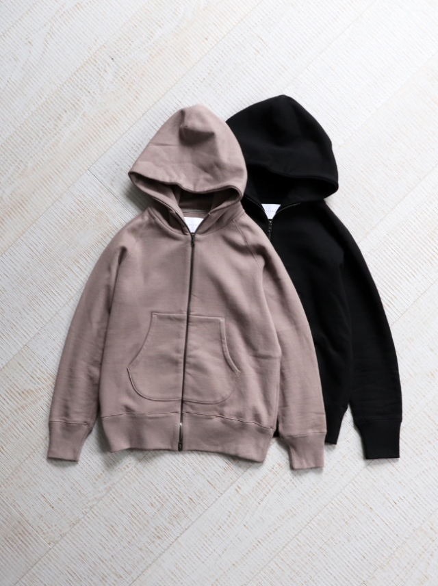 CURLY(カーリー)BRIGHT ZIP PARKA