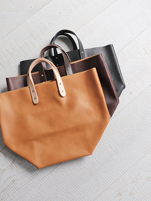 TEMBEA(テンベア) DELIVERY TOTE  -SHRINK LEATHER