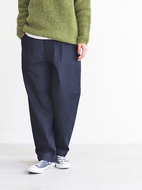 HATSKI(ハツキ)Stitch Loose Tapered Trousers -Denim