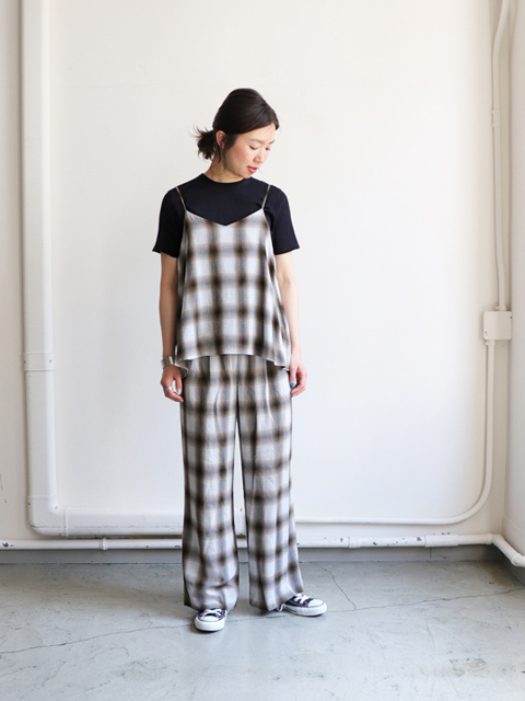 PHEENY(フィーニー)  Rayon ombre check camisole