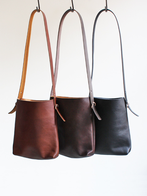 TEMBEA(テンベア) MARCO BAG -SHRINK LEATHER