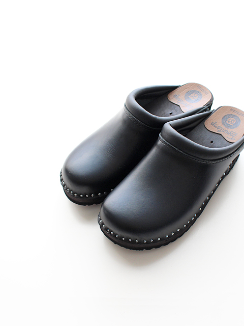TROENTORP(トロエントープ) Swedish clog -plain toe/smooth-