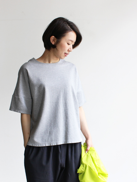 White Mountaineering (ホワイトマウンテニアリング) DROP SHOULDER ROUND NECK T-SHIRT