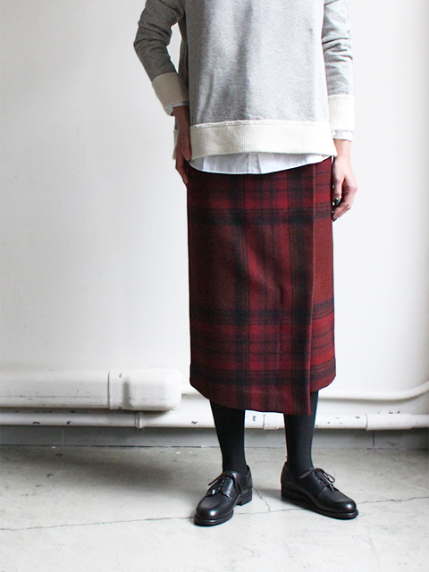 White Mountaineering (ホワイトマウンテニアリング) MELTON TRATAN CHECK WRAPPED SKIRT