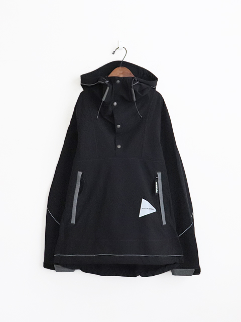 and wander(アンドワンダー) nylon double cloth hoodie