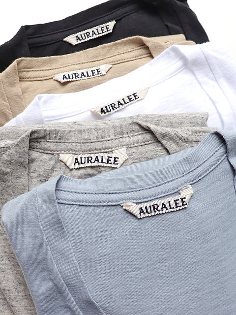 AURALEE(オーラリー) SEAMLESS V-NECK TEE
