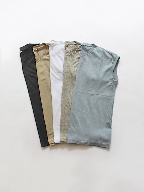 AURALEE(オーラリー) SEAMLESS CREW NECK SLEEVELESS