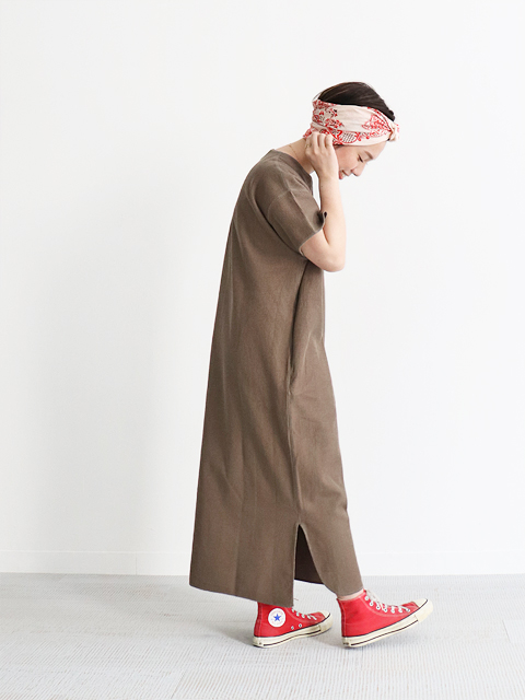 blurhms ROOTSTOCK(ブラームスルーツストック) Rough & Smooth Thermal Over-neck Dress
