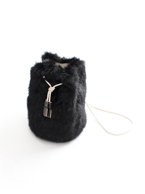 TEMBEA(テンベア)GAME POUCH -FUR