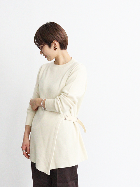unfil (アンフィル) wool&cotton waffle belted pullover