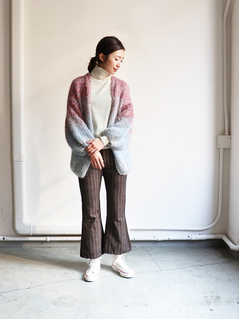 PHEENY(フィーニー)  Mole stripe flared pantsPHEENY(フィーニー)  Mole stripe flared pants