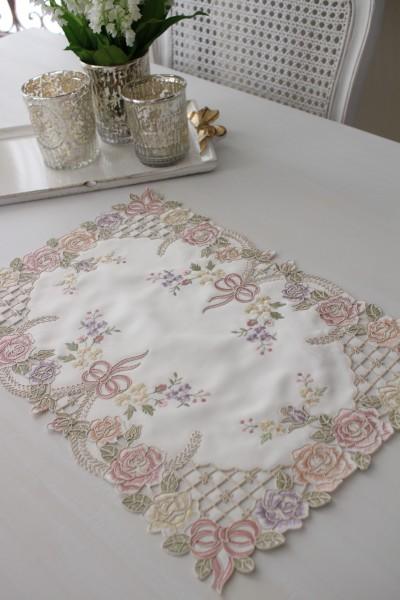 上品なリボン&ローズ刺繍がエレガント♪♪ 【テーブルセンター 30×45cm】 長方形 ドイリー センター 敷物 布製 リボン
